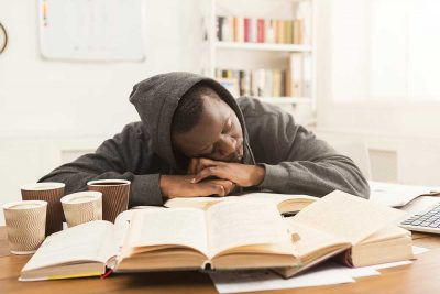 Is 5 Hours Of Sleep Enough For A College Student?