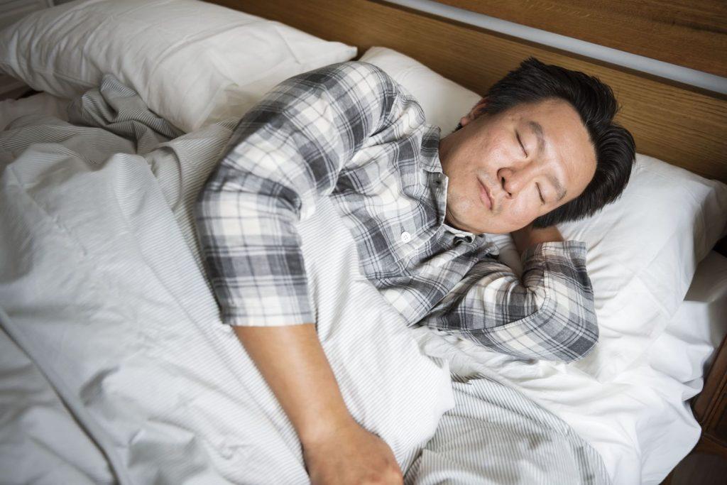 why do japanese sleep with lights on?